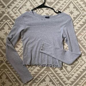 Brandy melville cropped ruffled long sleeve
